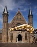 gargoyle фонтана золотистый Стоковые Изображения RF