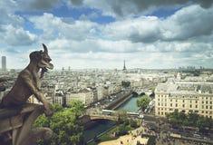 Gargoyle en la catedral de Notre Dame, París Fotografía de archivo