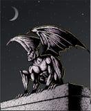 Gargoyle na noite ilustração do vetor