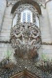 Gargoyle no palácio de Pena em Sintra foto de stock