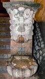 Gargulec Wodna fontanna na zewnątrz katedry w Palmie de Mallorca, Hiszpania fotografia royalty free