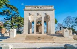 Garibaldi Ossuary Mausoleum en la colina de Janiculum en Roma, Italia imágenes de archivo libres de regalías