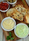 Garlic bread with hummus Royalty Free Stock Photos