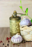 Garlic heads in wicker basket Royalty Free Stock Photography
