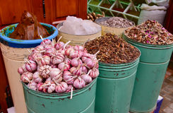 Garlic, herbs and spices in Marrakesh, Morocco Royalty Free Stock Images