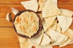 Garlic hummus and pita bread Stock Images