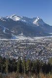 Garmisch en berg Zugspitze Royalty-vrije Stock Afbeeldingen