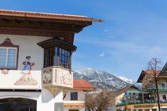 GARMISCH-PARTENKIRCHEN, NIEMCY †'KWIECIEŃ 03, 2015: Garmisch-Partenkirchen jest halnym miejscowością wypoczynkową w Bavaria, po Fotografia Stock