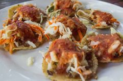 Garnachas, tradycyjny jedzenie Gwatemala obraz royalty free