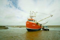 Garnalen visserijtreiler stock foto