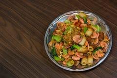 Garnele gebratene Suppennudeln und Gemüse Lizenzfreie Stockbilder