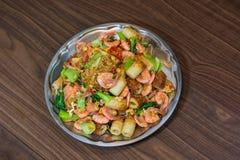 Garnele gebratene Suppennudeln und Gemüse Stockbild