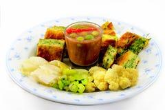 Garnelenpaste-Paprika-Soßenaufschlag mit thailändischem Lebensmittel Lizenzfreies Stockbild
