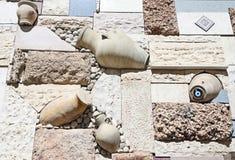 Garnering en husvägg Arkivfoto