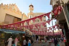 Garnering i jeddah ramadan shoppar och shoppare i den gamla marknaden Balad i Jeddah, Saudiarabien, 15-06-2018 Royaltyfri Foto
