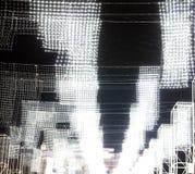 Garnering i staden tänder white Nattljus royaltyfria bilder