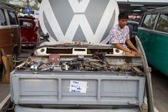 Garnering och delar för VW för försäljning för Volkswagen pickupägare Royaltyfri Bild