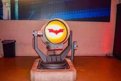 Garneringar Batman för DC-teckenuppassaren ställer in kändisen, teckenet Batman, den ljusa uppassaren, den Batman nivån, dräkten  Arkivbild