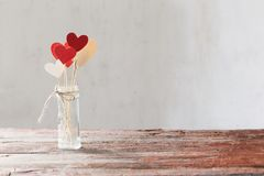 Garneringar för dag för valentin` s royaltyfria foton