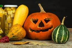 Garneringar för Halloween Pumpor och grönsaker Autumn Harvest Arkivbild