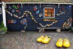 Garneringar i byn av Zaanse Schans, Holland Fotografering för Bildbyråer