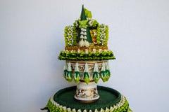 Garneringmagasin av thailändska traditionella bröllopgåvor Royaltyfria Foton