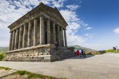 Garni,亚美尼亚- 5月02,2016 :古老Garni异教的寺庙, h 图库摄影