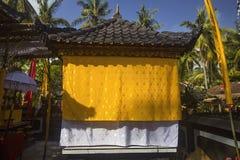 Garnirunek w hinduskiej świątyni, Nusa Penida, Indonezja zdjęcia stock