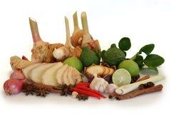 Garnissez les groupes de légumes image stock