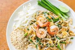 Garniture thaïe de nourriture thaïe, nouilles de friture de Stir images libres de droits