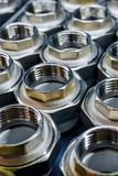 Garnitures de connexion de tuyauterie pour les tuyaux en plastique Image stock