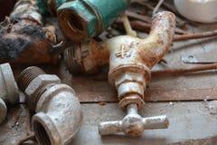 Garnitures de tuyau rouillées Images libres de droits