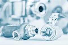 Garnitures et robinet à tournant sphérique avec le foyer sélectif sur des garnitures de fil Image stock