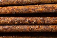 Garnitures rouillées scéniques Texture des tiges rouillées Abstraction industrielle Plan rapproché de rouille image stock
