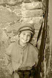 Garçon dans des vêtements de rue Images libres de droits
