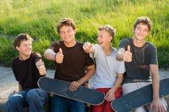 Garçons de l'adolescence Images libres de droits