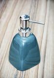 Garrafa cerâmica para o sabão líquido Fotografia de Stock Royalty Free