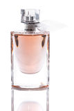 Garrafa com o perfume isolado Imagens de Stock Royalty Free