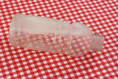 Garrafa de Reusuable com gelo Fotografia de Stock