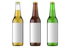 Garrafa de vidro transparente da garrafa, a marrom e a verde com etiqueta branca para a cerveja e a bebida ou bebidas carbonatada Imagens de Stock