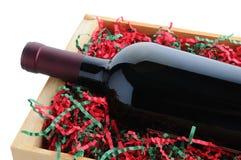 Garrafa de vinho embalada para o Natal Imagem de Stock Royalty Free