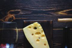 Garrafa do queijo do vinho e de um vidro Copie o espaço imagem de stock royalty free