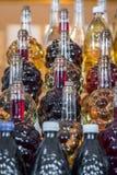 Garrafa sob a forma das uvas imagem de stock royalty free
