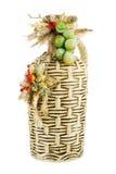 Garrafa velha do vinho decorada com uma composição Fotografia de Stock Royalty Free