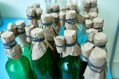 Garrafas com as substâncias no laboratório Fotografia de Stock Royalty Free