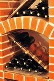 Garrafas da adega de vinho imagens de stock royalty free