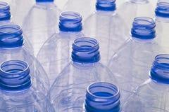 Garrafas de água plásticas vazias Fotografia de Stock