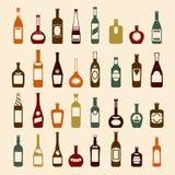 Garrafas de cerveja e grupo do ícone do vinho ilustração do vetor