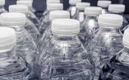 Garrafas do fim da água Imagem de Stock