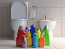 Garrafas e recipientes detergentes Fontes de limpeza no backgrount interior do toalete do banheiro do wc Conceito home do serviço ilustração stock